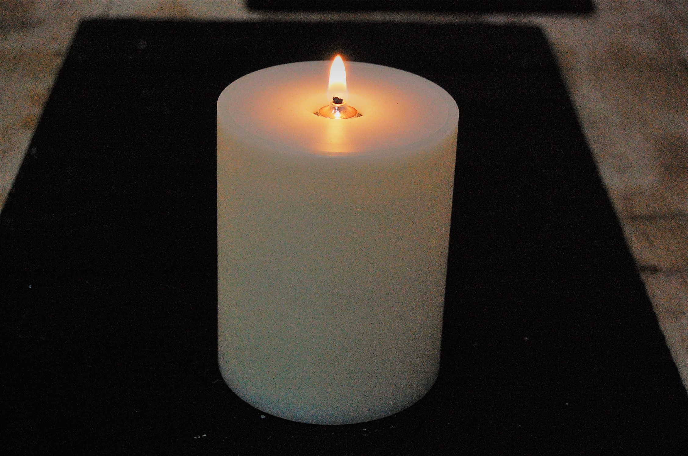 View All Oil Candles 95mm Church Oil Candle